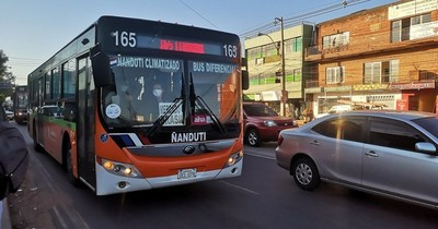 La Nación / Piden abrir ventanillas de buses para mitigar contagios de COVID-19