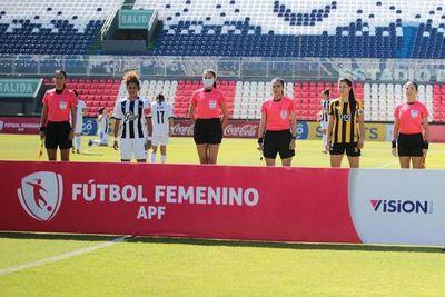Histórico: el Fútbol Femenino, en el Defensores del Chaco