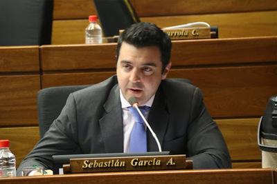 Diputado asegura que EEUU donaría vacunas a Paraguay