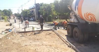 La Nación / Ejecutan obras de mejoramiento de calles en Asunción
