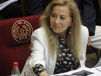 Vacunados VIP: senadora Mirtha Gusinky figura en la lista