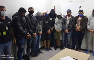 Expulsan del país a nueve brasileños