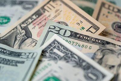 Dólar toma tendencia al alza y cierra el mes cerca de los G. 6.600
