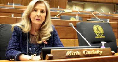 Gusinky se expone a la pérdida de investidura por vacunación indebida
