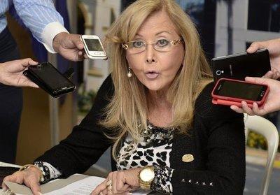 PLRA exige pérdida de investidura de senadora Mirta Gusinky