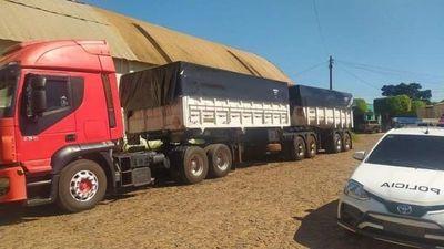 Recuperan tractocamión camión robado en Brasil