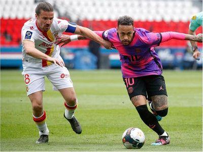 Neymar presiona el liderato de la Ligue 1