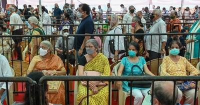 La Nación / Crisis en India: megacampaña de vacunación enfrenta escasez de vacunas
