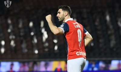 Cerro Porteño supera a Olimpia y se mete de nuevo en la lucha