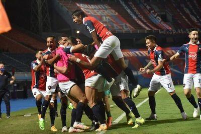 Cerro Porteño vence a Olimpia y trepa a la cima