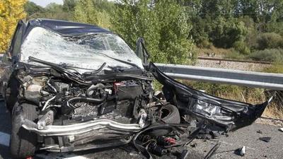 Choque a 100 km por hora: un  hombre y una mujer mueren en el acto, y ocurrió un milagro