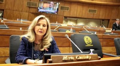 Mirta Gusinky: de la usurpación de funciones a la usurpación de vacunas