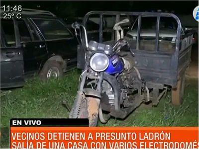 Vecinos atraparon a supuesto ladrón en Villa Elisa
