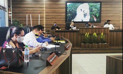 En sesión extra aprueban rendición de cuentas de Godoy