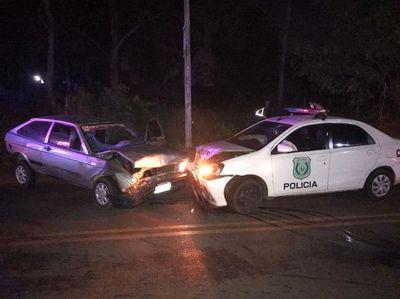 Móvil policial protagoniza accidente en Capiatá