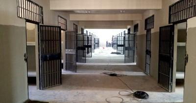 La Nación / Nueva cárcel de Emboscada avanza en un 75% de las obras