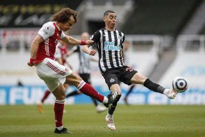 Arsenal vence al Newcastle de Miguel Almirón