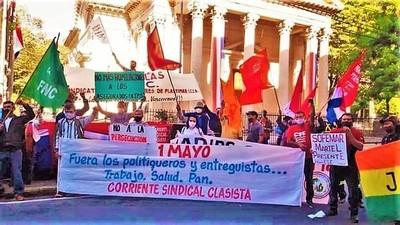 """""""El gobierno roba y se blinda, mientras el pueblo muere y la dirigencia sindical transa"""""""