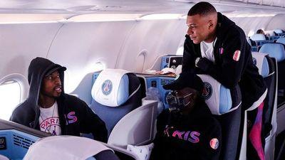 Kylian Mbappé viajó a Manchester a pesar de la lesión