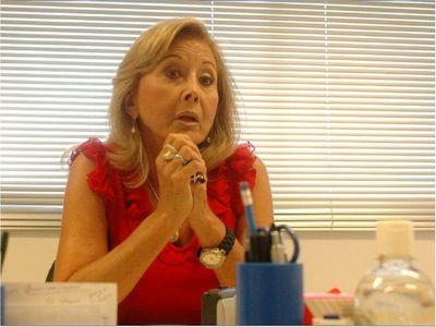 Vacunación vip: Gusinky asume irregularidad y pone su cargo a disposición del Senado