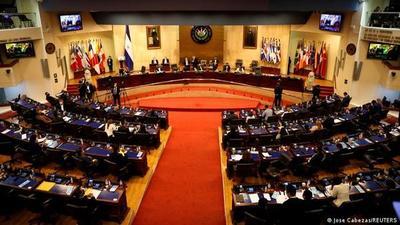 El Salvador: se encienden alarmas sobre autoritarismo de Bukele