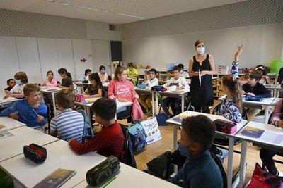 Desconfinamiento en Francia: reinició las clases presenciales y habilitó más viajes interiores