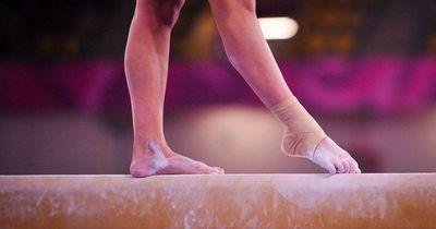 """Escándalo en la gimnasia australiana: """"Abusó de mí, a menudo con mi madre en la habitación"""""""