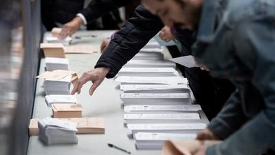 La Comunidad de Madrid celebra elecciones en medio de un áspero ambiente político