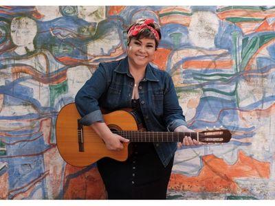 """Lizza Bogado: """"Para estar siempre vigente es necesario adaptarse"""""""