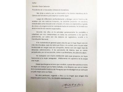 Gusinky renuncia ante su inminente expulsión por vacunación privilegiada