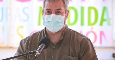La Nación / Abdo inauguró obras y evitó hablar sobre vacunación vip