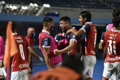 Cerro Porteño vuelve a Belo Horizonte y enfrenta al Atlético Mineiro de Junior Alonso