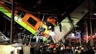Al menos 23 muertos y 70 heridos al partirse un puente del metro en Ciudad de México
