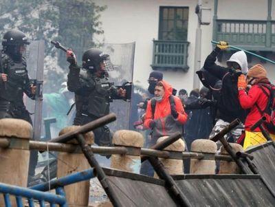 Disturbios dejan en Colombia 17 muertos en cinco días