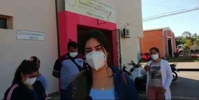 Estudiantes de salud del Instituto Rosa Mística exigen prácticas y descuentos de aranceles