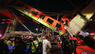 Al menos 23 muertos al desplomarse un puente del Metro en México