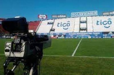 Abuso de posición dominante en negocio de trasmisión del fútbol por Teledeportes Paraguay S. A