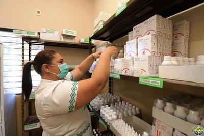 Comprarán oxigeno y medicamentos con fondos sociales de la EBY •