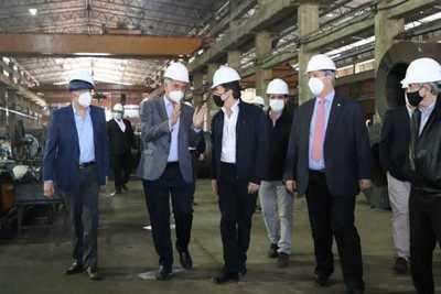 Industria metalúrgica de Mariano R. Alonso recibió la visita técnica de autoridades del MIC