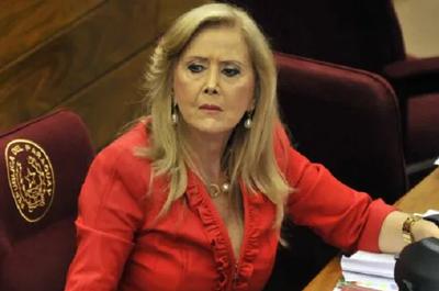 Piden que Mirta Gusinky sea expulsada de la ANR