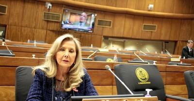 La Nación / Renuncia de Gusinky ya tiene entrada oficial en el Senado