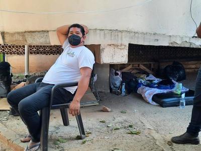 Coronel Oviedo; Nativo acompaña desde hace un mes a su hermano internado por Covid-19 – Prensa 5