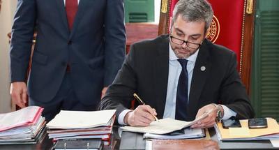 Marito propone pagar con cárcel la vacunación irregular contra el COVID-19