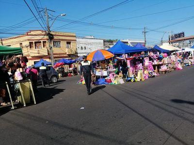 Mercado 4: con 7.000 feriantes y 30.000 visitantes diarios el comercio repunta, afirman