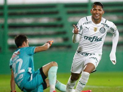 Palmeiras se venga de la derrota en Recopa y lidera con puntuación ideal
