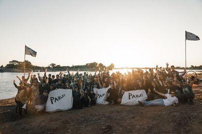 Voluntarios retiran 22 toneladas de basura del Río Paraguay