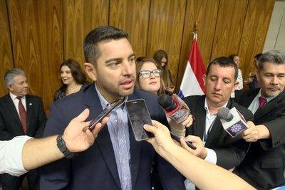 Alliana afirma que honrará la confianza de quienes lo volvieron a elegir como titular de la Cámara de Diputados