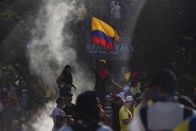 Protestas contra el Gobierno colombiano dejan ya al menos 24 muertos