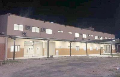 Puerto Casado tiene confortable local para hospital, solo falta equipamiento