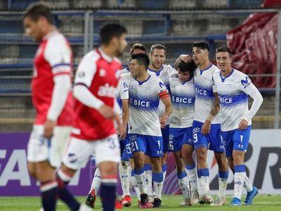 Católica vence a Nacional y suma sus primeros puntos en la Libertadores